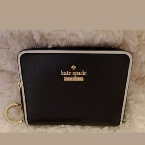 Kate Spade Zip Small Wallet Pebbeled Black Leather